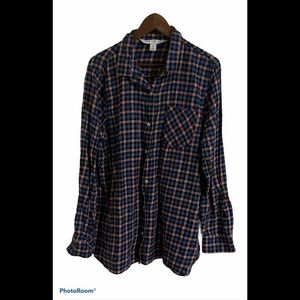3/$30 old Navy plaid long sleeve button up